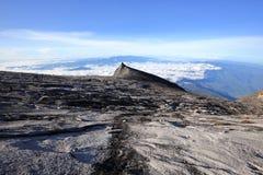 Beau paysage sur la montagne de Kinabalu en parc national de Kinabalu Photographie stock libre de droits
