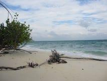 Beau paysage sur la plage en île de Poda près de Krabi en Thaïlande Photo libre de droits