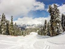 Beau paysage sur les pentes de ski Photo libre de droits