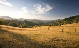 Beau paysage vert de montagne Photos stock