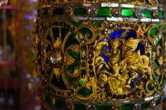 Beau pilier chez Wat Sri Rong Muang, Lampang, Thaïlande Photographie stock libre de droits