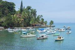 Beau port tropical tranquille au Brésil Photos libres de droits