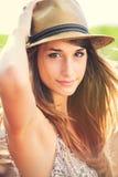 Beau portrait de jeune femme de gorgoues Image stock