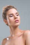 Beau portrait de studio de beauté de femme Photos libres de droits