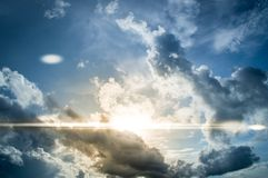 Beau résumé de ciel et de nuage, utilisé comme fond et texture image stock