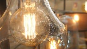 Beau rétro décor de luxe de lampe de lumière d'edison banque de vidéos