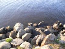 Beau rivage russe de rivière Image libre de droits