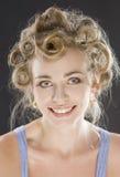 Beau sourire de jeune femme heureux photos stock