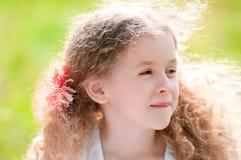 Beau sourire de petite fille images libres de droits
