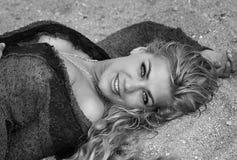 Beau sourire du ` s de fille images libres de droits