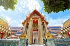 Beau temple thaïlandais Wat Rachabophit Image stock