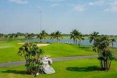 Beau terrain de golf en Thaïlande photos libres de droits
