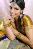 Beau type traditionnel indien de mode Photographie stock