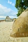 Beau Vallon Bay con el granit oscila - vare en la isla Mahe en Seyc fotos de archivo
