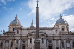 Beau vieil édifice romain à Rome photo libre de droits
