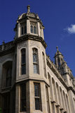 Beau vieux bâtiment élégant avec la tour blanche Londres, Royaume-Uni Photos stock