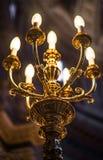 Beau vieux lustre dans l'église Images stock