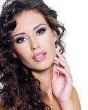 Beau visage de jeune femme avec la peau propre images libres de droits