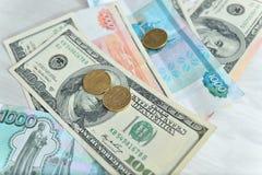 Beaucoup d'argent, roubles, dollars Photographie stock