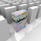 Beaucoup de boîtes d'idées - une boîte différente de produit se tient  Images libres de droits