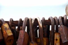 Beaucoup de cadenas d'amour Photo stock