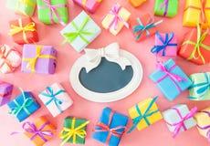 Beaucoup de cadres de cadeau colorés Photos stock