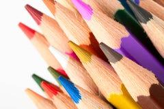 Beaucoup de différents crayons colorés Photos libres de droits