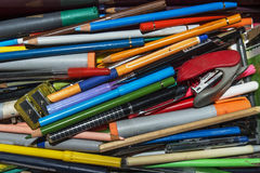 Beaucoup de fournitures scolaires photo libre de droits