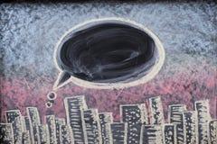Beaucoup de petites idées égalent grand, illustré avec les ampoules tirées sur un tableau noir photographie stock