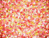 Beaucoup de petits milieux rouges de coeurs Texture d'amour Image stock