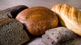 Beaucoup de plan rapproché différent de pain Images stock