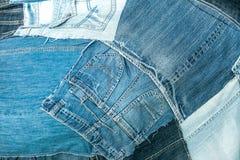 Beaucoup de restes des vieux jeans trousers_2 Photo stock