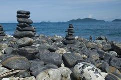 Beaucoup de roches en île Photographie stock libre de droits
