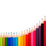 Beaucoup de stylos colorés et une vague Photographie stock