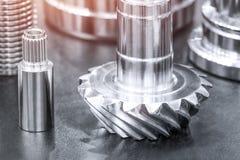 Beaucoup de types de métal détaille le fond de design industriel, concept de génie industriel Image libre de droits