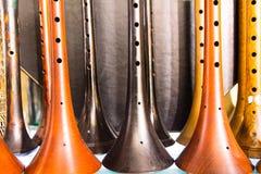 Beaucoup instrument en bois turc traditionnel Zurna photo libre de droits