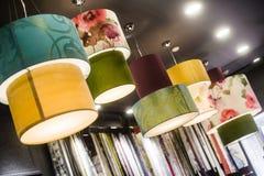 Beaucoup lampe d'abat-jour de tissu Images libres de droits
