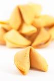 Beaucoup le biscuit de fortune chinois un restent à l'extérieur Image libre de droits