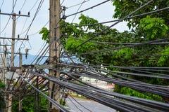 Beaucoup ligne électrique photo libre de droits