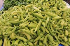 Beaucoup poivre frais vert amer Image libre de droits