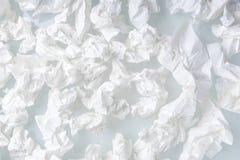 Beaucoup utilisés ont vissé le fond de papier de blanc de tissu Photos stock