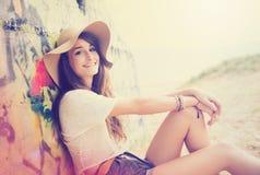 Beauitufl-Mädchen am Strand Stockfoto