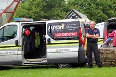 Beaulieu, Hampshire, UK - Maj 29 2017: Pożarniczy psa policyjnego psa samochód dostawczy i Obrazy Royalty Free