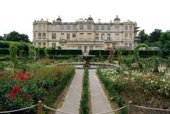 Longleat House, Wiltshire. View of Longleat House and formal gardens, Wiltshire Stock Photos