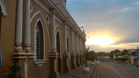 Beaultiful日落在巴西教会里 库存图片