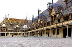 Beaune, hotel-dieu De Lyon, Francia, hospital, exterior constructivo Imagenes de archivo