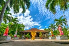 Beauté architecturale du temple antique dans la campagne Photos libres de droits