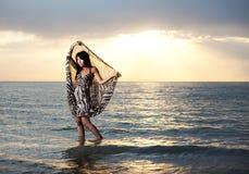 Beauté asiatique sur la plage Images libres de droits