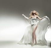 Beauté blonde romantique Photos stock