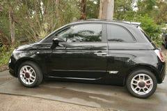 Beauté noire de Fiat 500 Photos stock